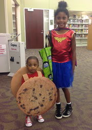 Halloween 2016 Wonder Woman and cookie