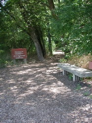 click to view larger photo of Elm Fork trailhead